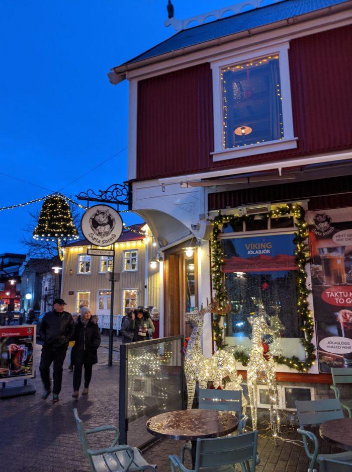 Decoración navideña, Fin de año en Reykjavík