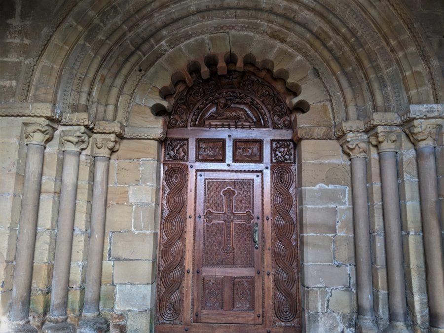 Puerta de San Juan de Cenero, iglesias románicas en Gijón
