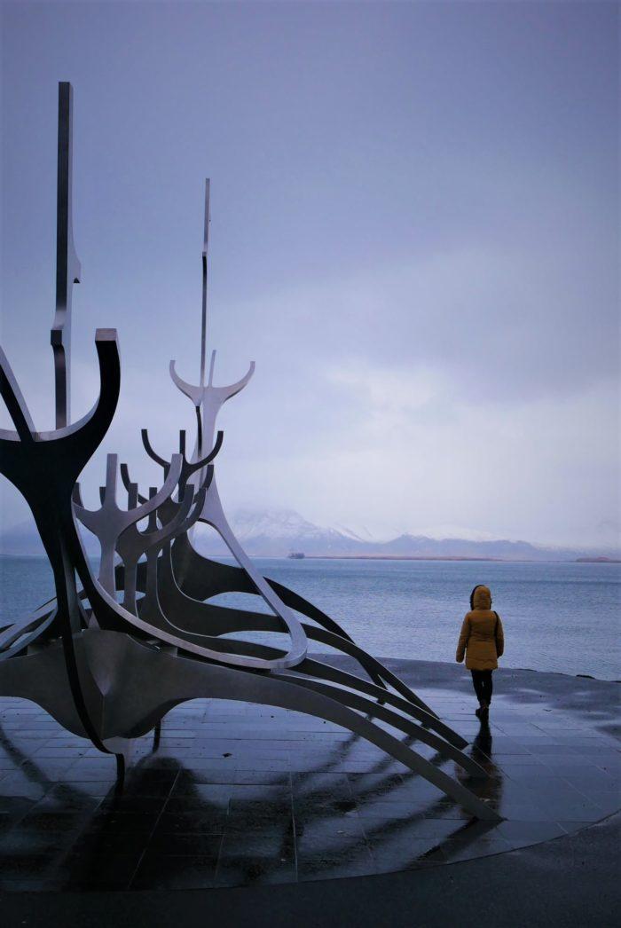 1 de enero 2020, el Viajero al Sol en Reikiavik
