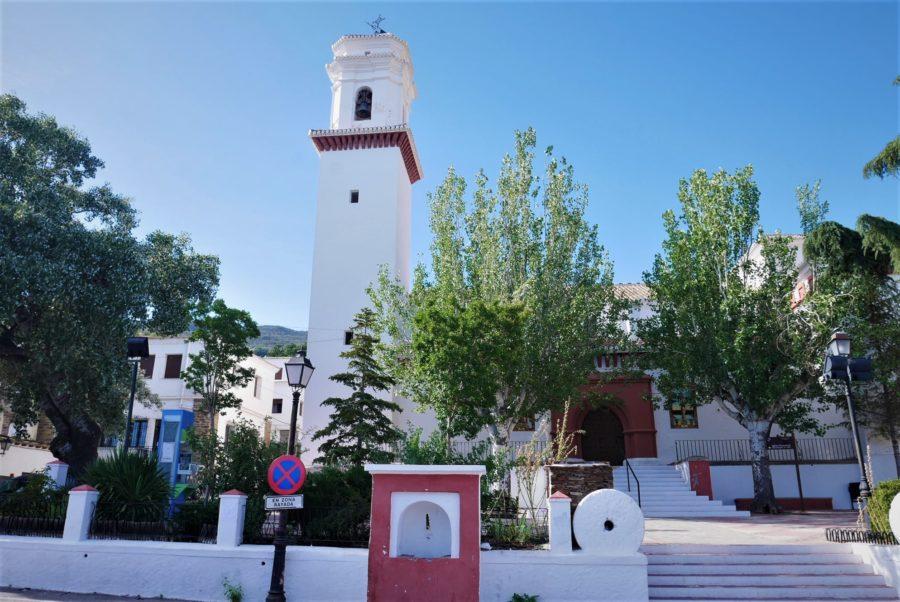 Iglesia de Pitres, qué ver en la Alpujarra granadina