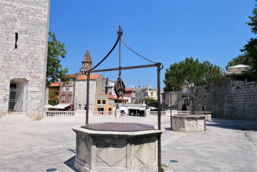 La plaza de los Cinco pozos, Zadar