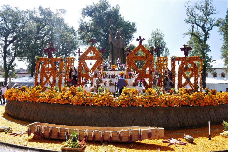 Plazas de Pátzcuaro en el Día de los Muertos