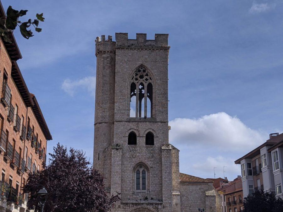 Torre de la iglesia de San Miguel en Palencia