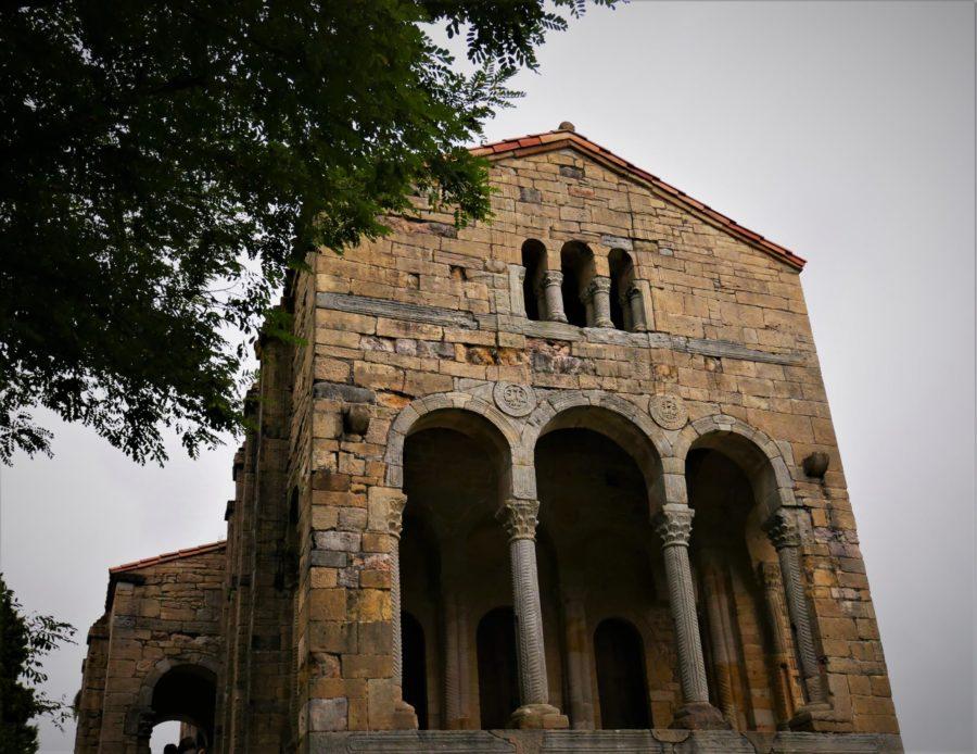 Columnas de Santa María del Naranco