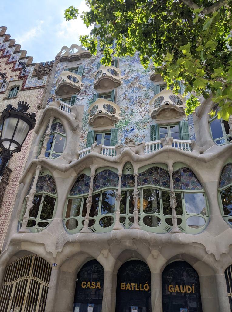 Casa Batlló, Guía de Barcelona