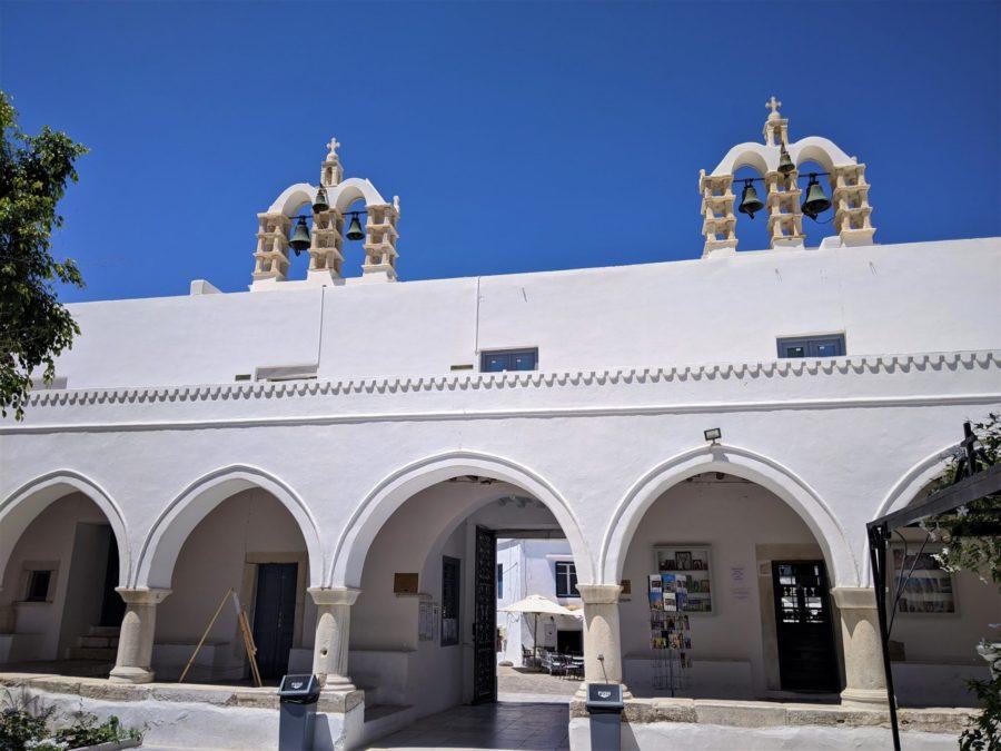 La iglesia de las Cien Puertas, qué ver en Parikia la capital de Paros