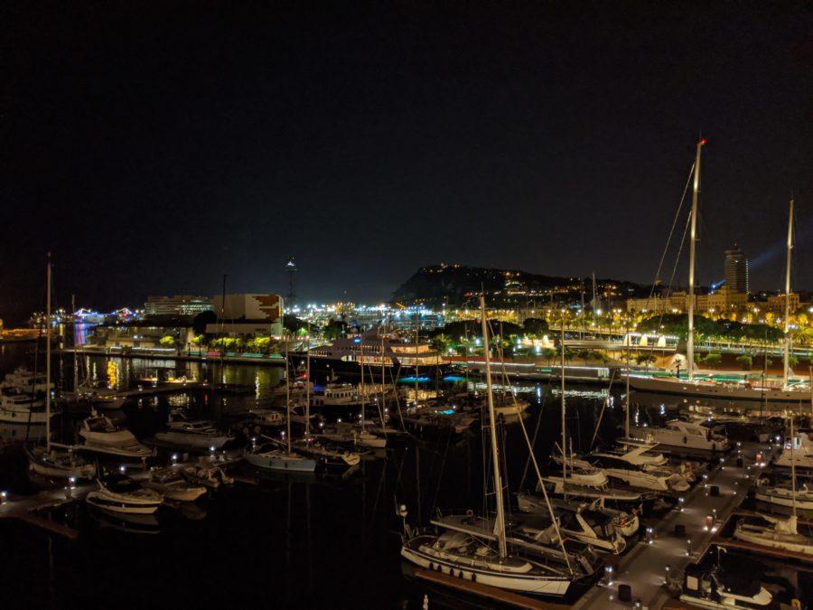 Noche en la Marina de Barcelona