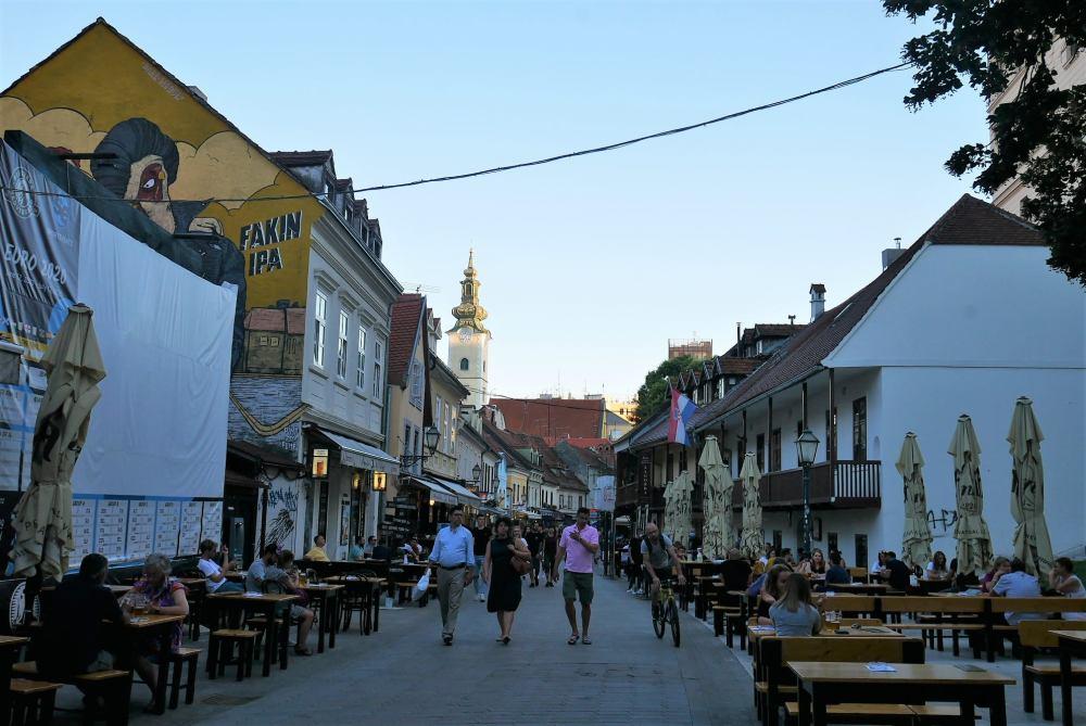 Terrazas en el centro de Zagreb