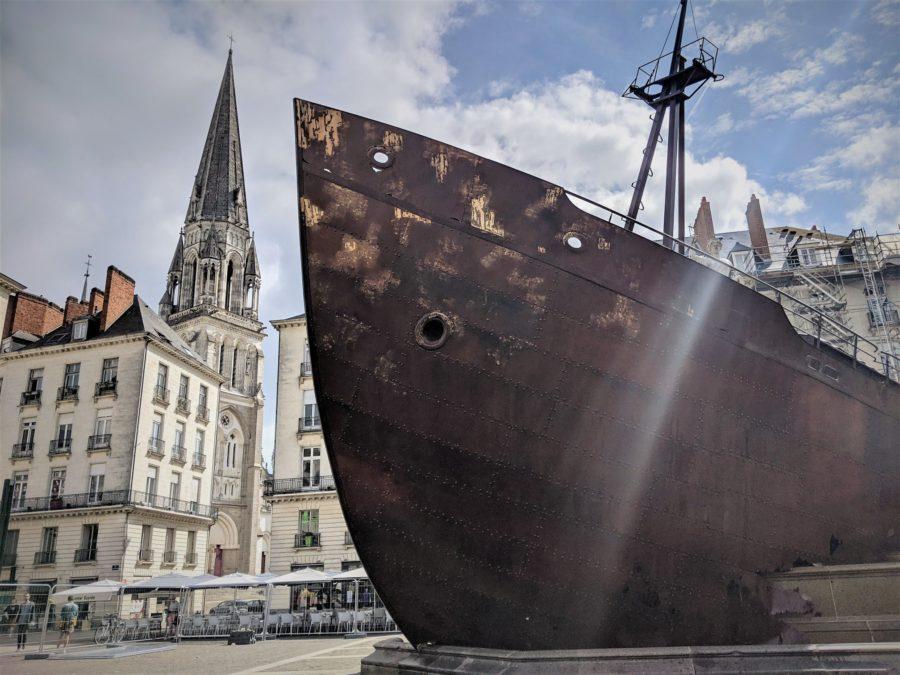 El Naufragio de Neptuno, arte urbano en el festival El Viaje a Nantes