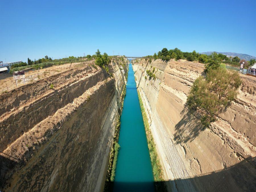 Canal de Corinto, El Peloponeso
