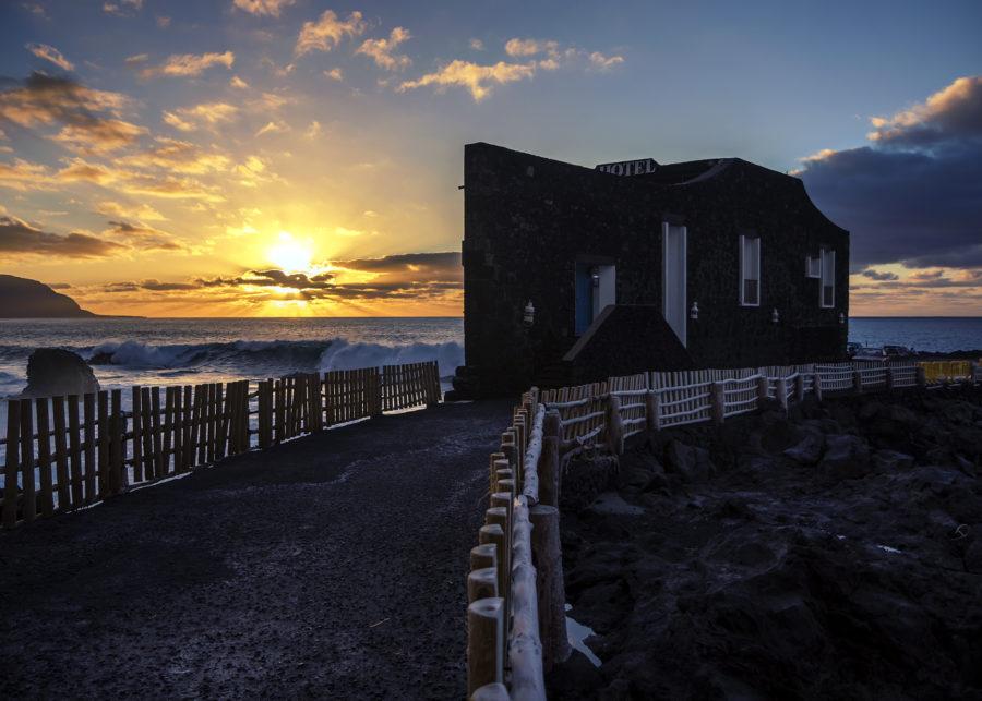 El hotel Puntagrande, el más pequeño del mundo en El Hierro