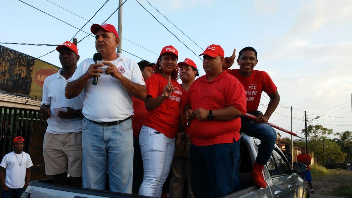 El diputado regional Paul González durante el evento de precampaña electoral del PLC, en Bluefields. Foto | La Costeñísima | Cortesía
