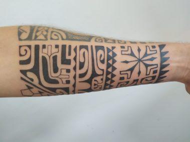 Tatouage polynésien fait Kisio
