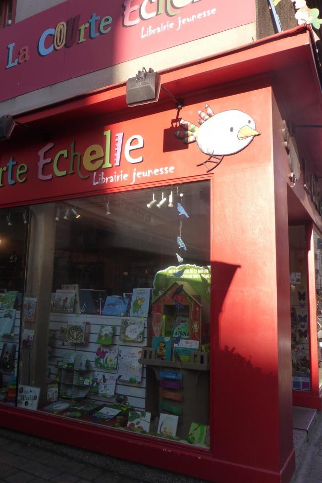 courte-echelle-vitrine-vert-nature 009.JPG