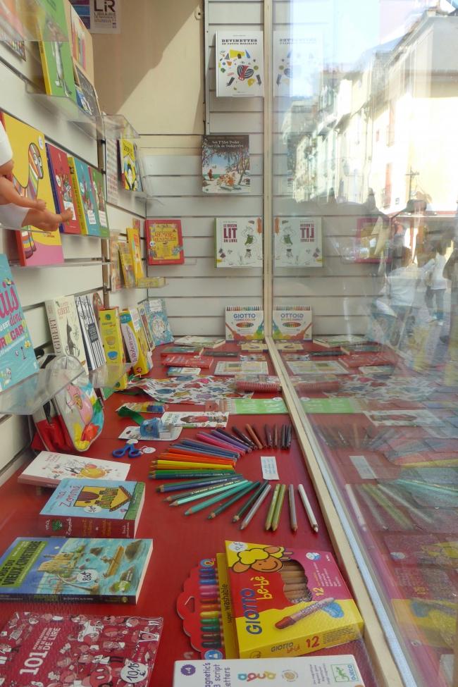 courte échelle, rennes, vitrine, librairie, mots, dictionnaire, motordu