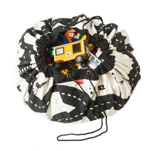 Ludique et pratique, Play and Go® est à la fois un tapis de jeu et un sac de rangement pour les jouets.