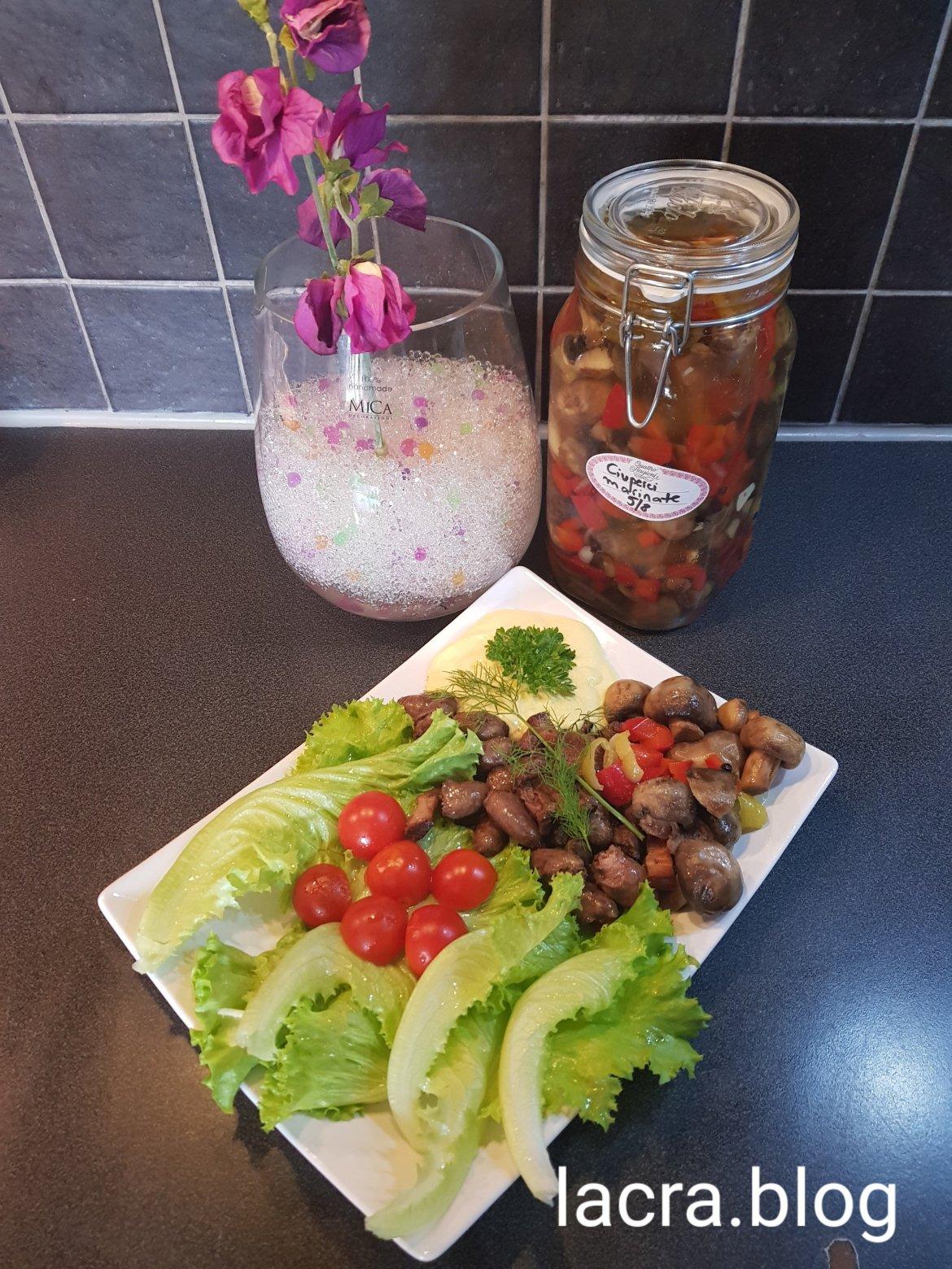 Salată  cu carne