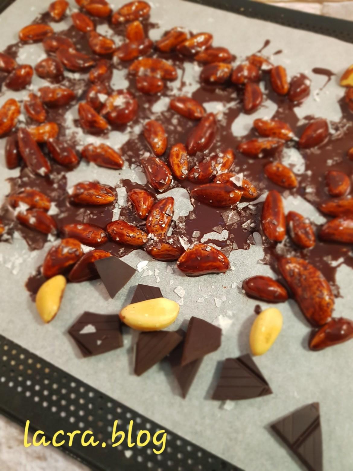 Nuci braziliene trase prin ciocolata