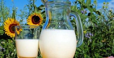 soñar con leche