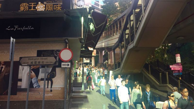 Wellington Street Hong Kong - highest traffic best place in Central for restaurants cafes takeaway coffee shops bars