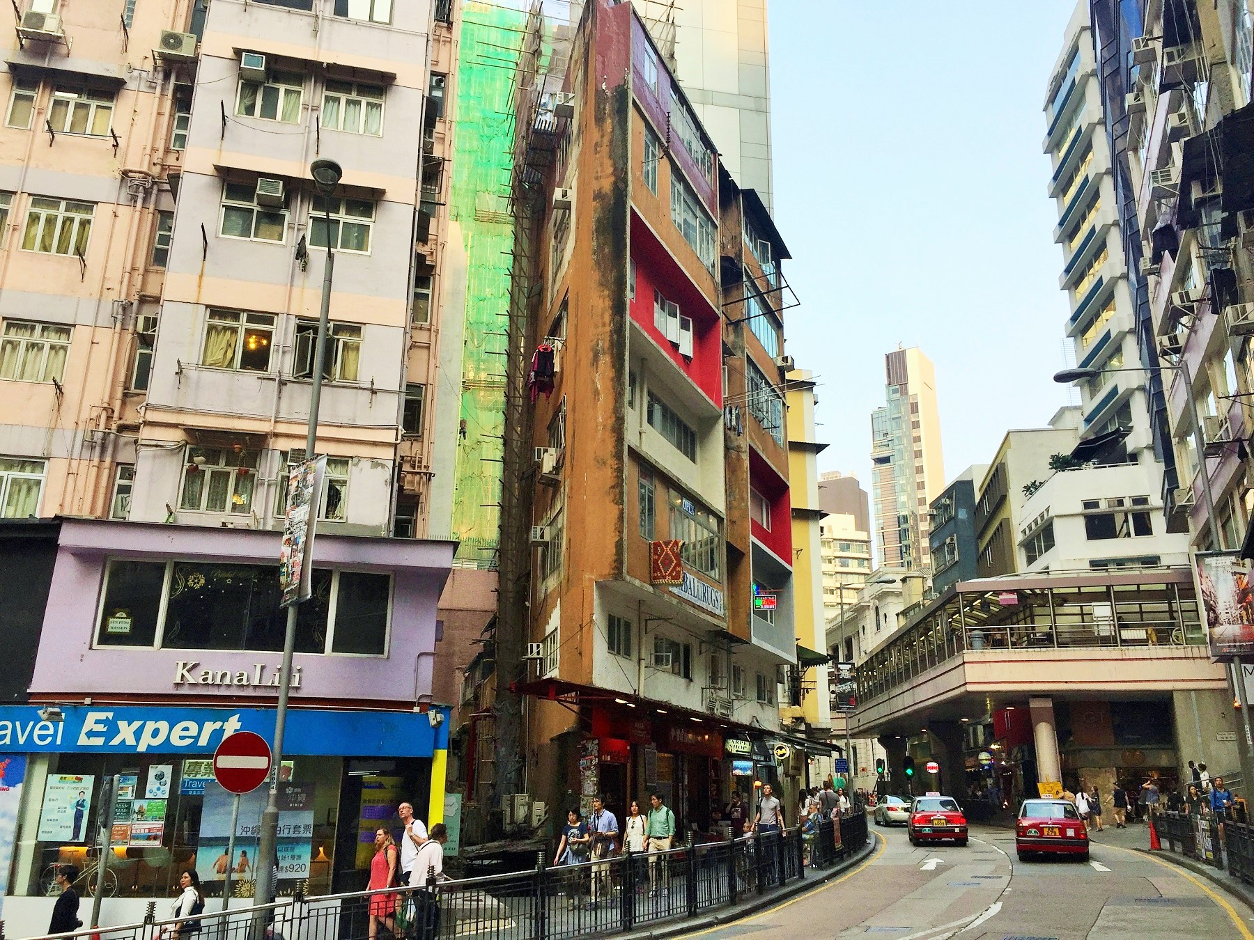 Hong Kong Central Hollywood Road high traffic cafe coffee shop takeaway for lease