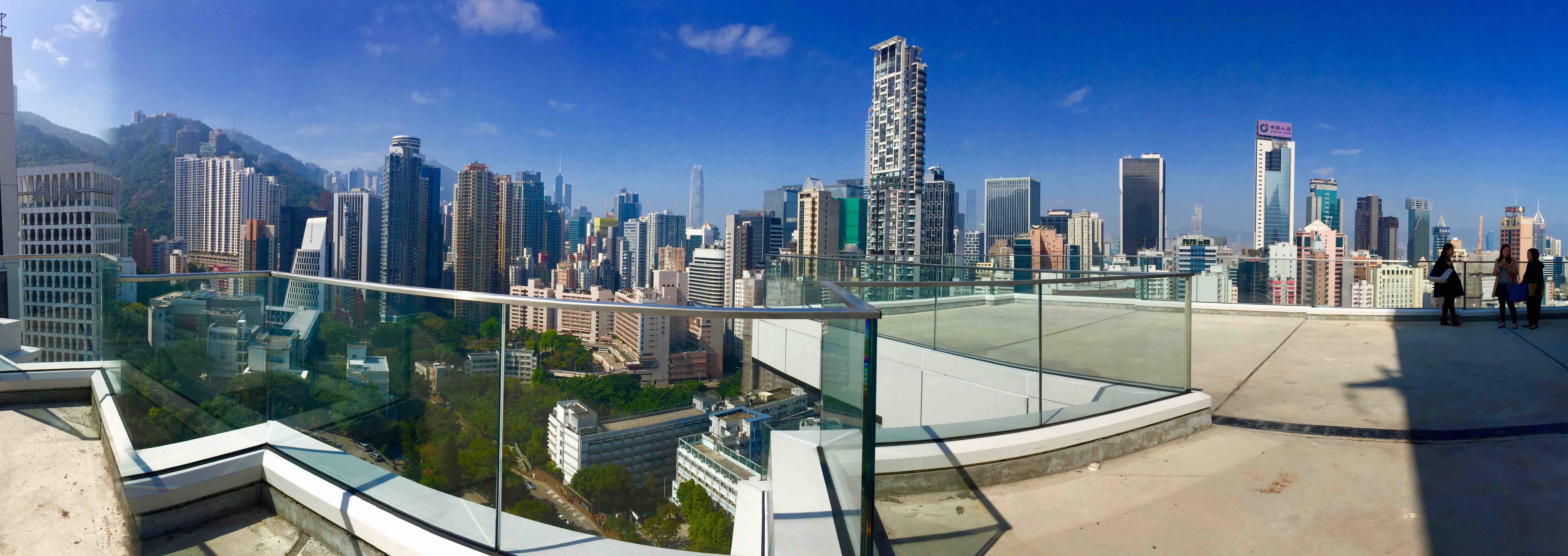 Hong Kong Wan Chai top floor bar restaurant space with huge roof flat roof for lease