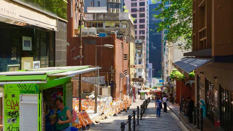 Restaurant space for lease near SoHo escalator in Central, HK
