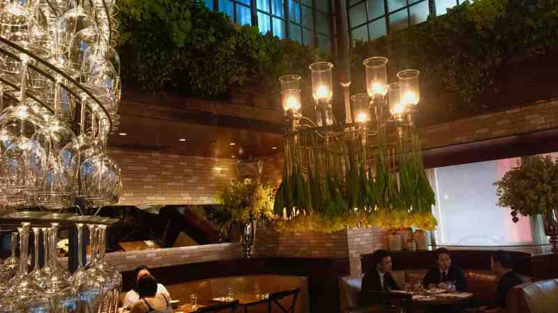 Beautiful restaurant & bar for rent in Lan Kwai Fong Central Hong Kong
