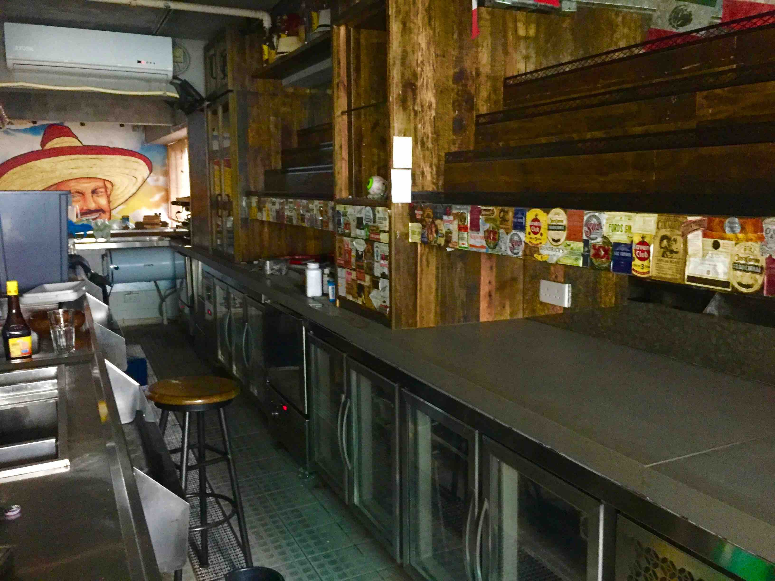 Central Fitted Bar & Restaurant for Lease in Lyndhurst Terrace Central HK