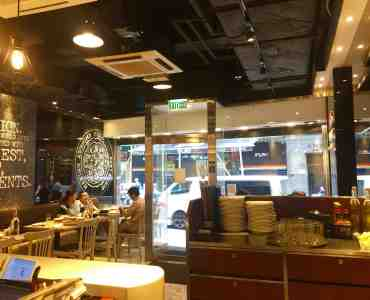 Fitted Restaurant for Rent in Busy Office Area in Sheung Wan HK