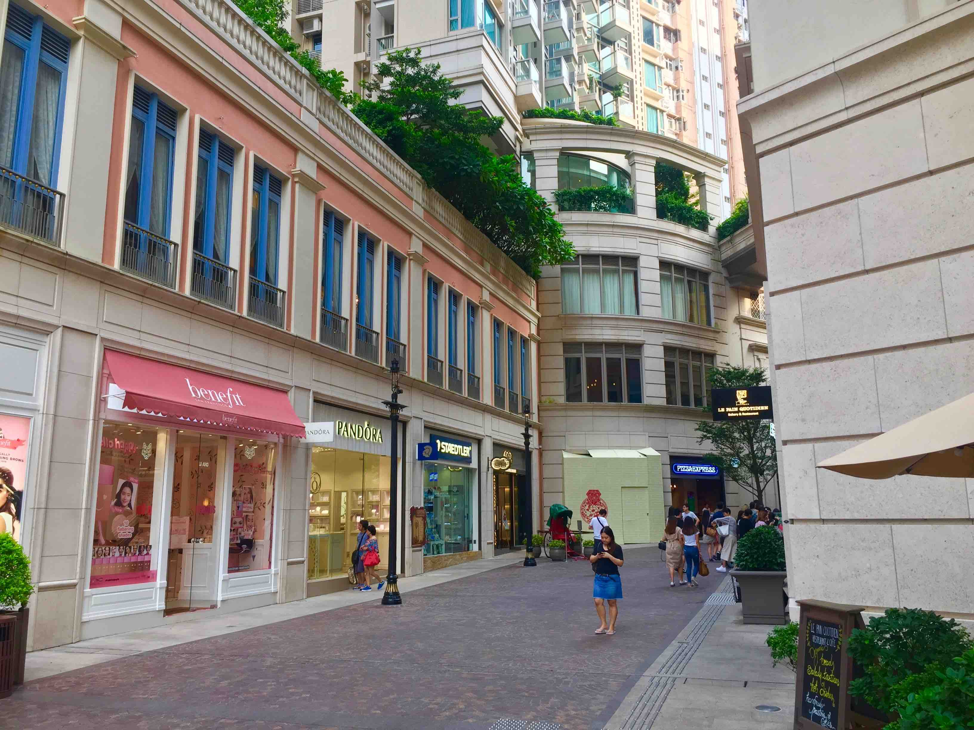 Wan Chai HK Food & Beverage Shop for Rent in Lee Tung Avenue