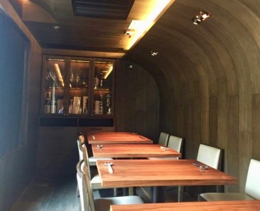 Hong Kong Central upstairs fitted restaurant for rent