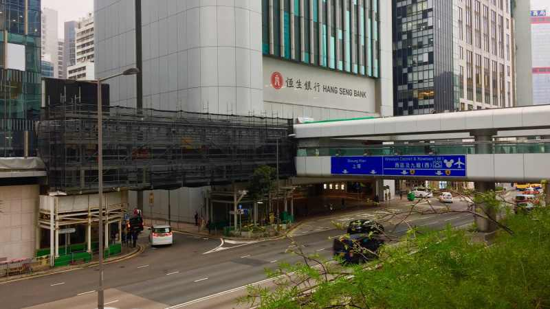 Hong Kong Central Fitted Restaurant for Lease - footbridge connecting IFC Mall