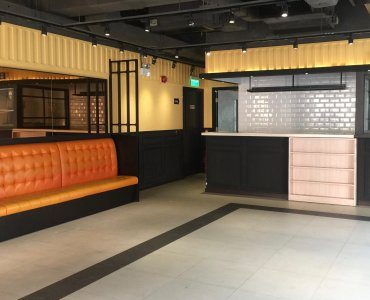 HK Causeway Bay fitted upstairs restaurant for rent