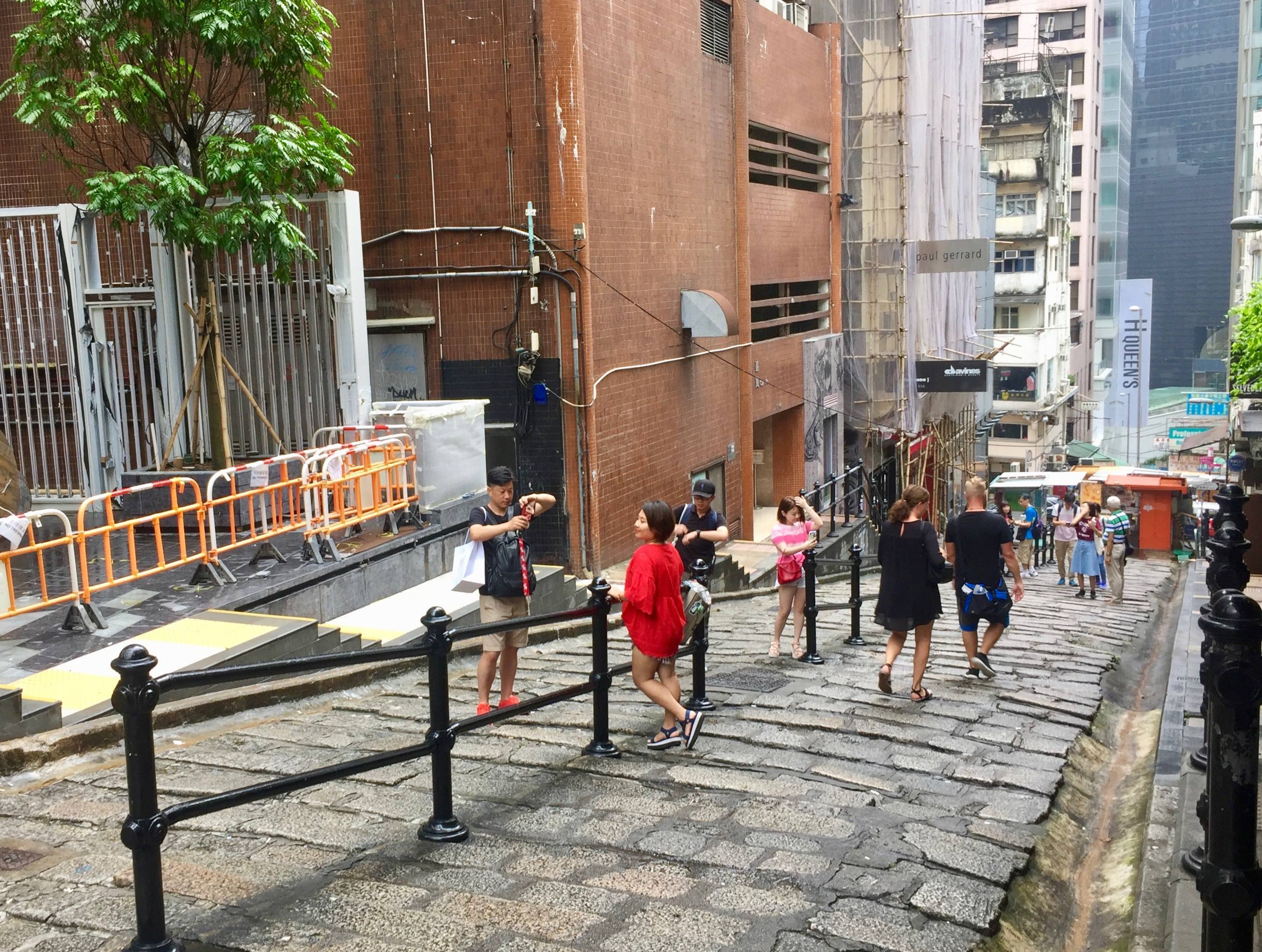 Central HK Upstairs Restaurant with terrace for rent