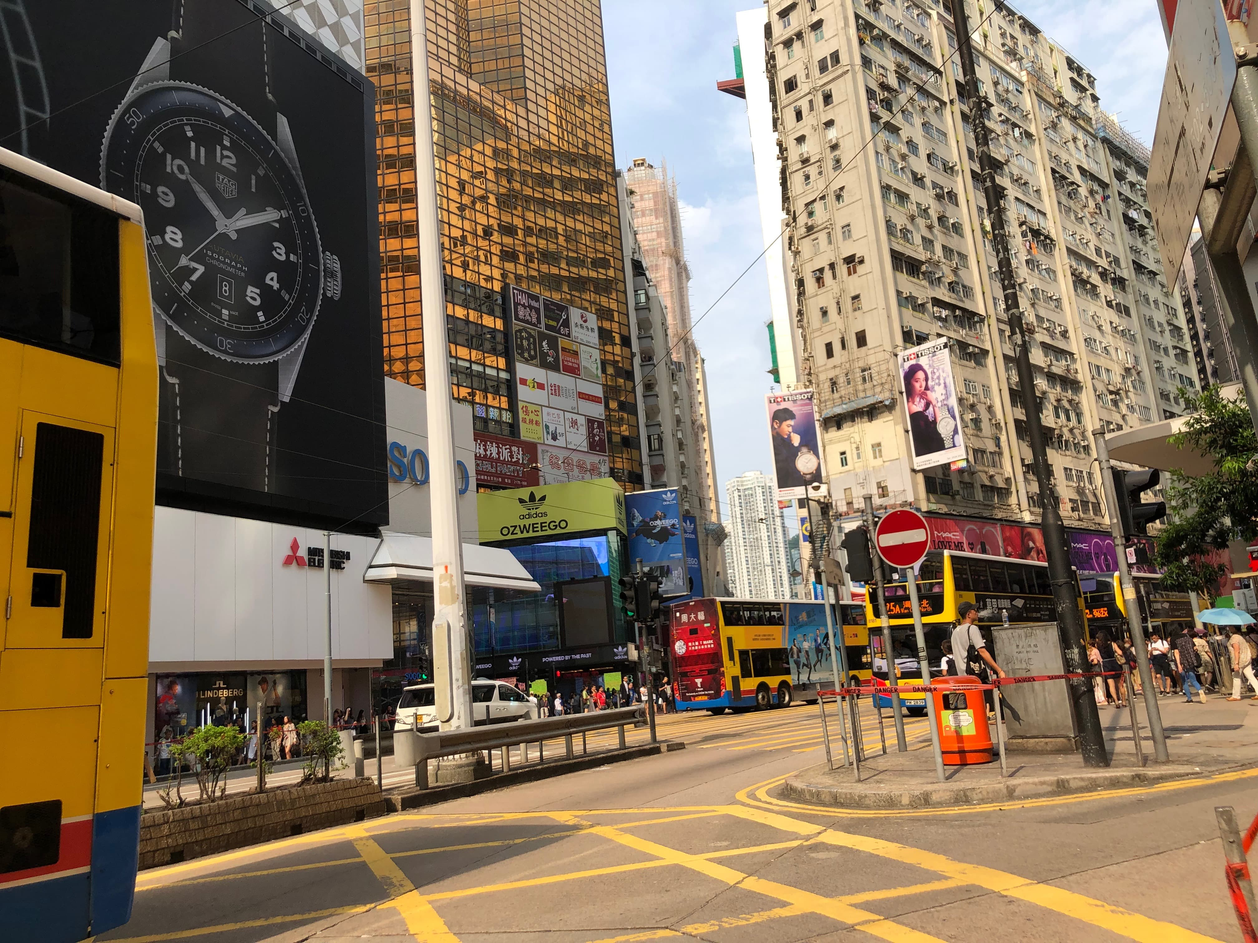 Causeway Bay FB shop for Lease in HK