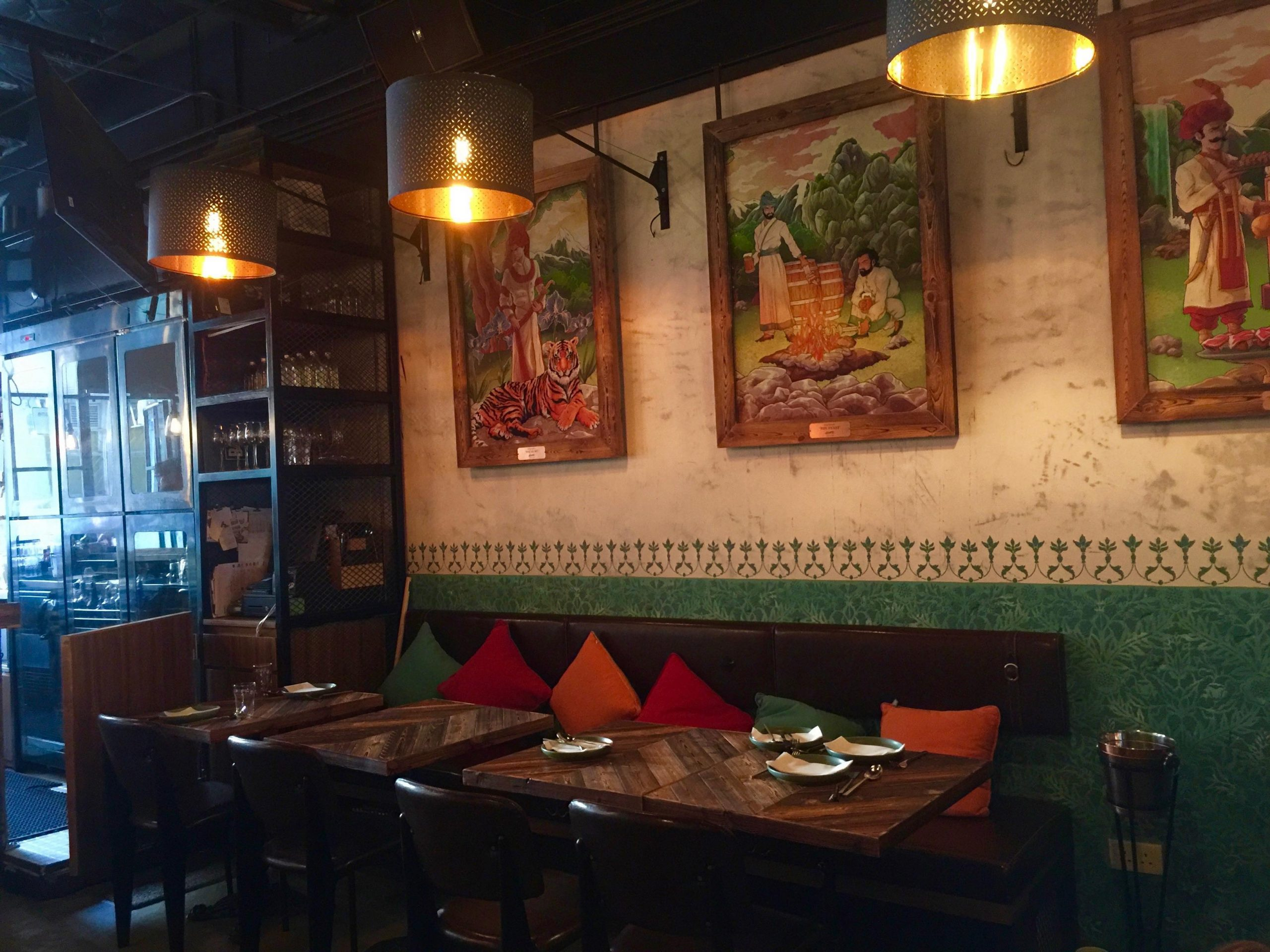 Nearby metro restaurant bar for Rent in Sai Ying Pun HK