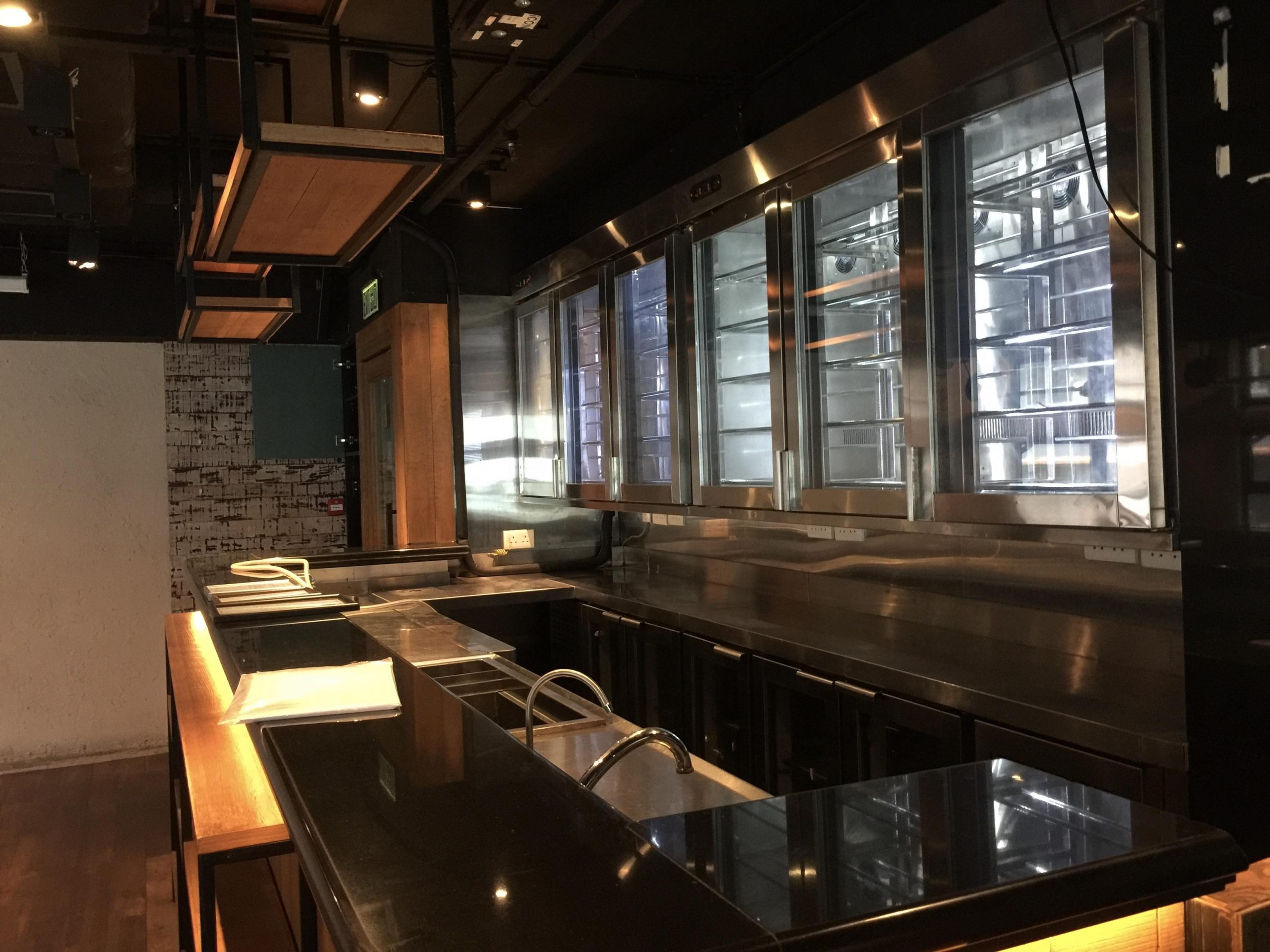 LKF Fitted Restaurant with Licence for Rent in Hong Kong