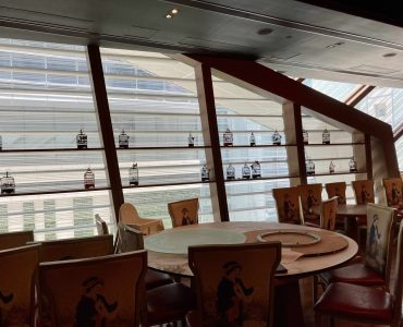 HK Causeway Bay high-ceiling upstairs restaurant with fitting for rent