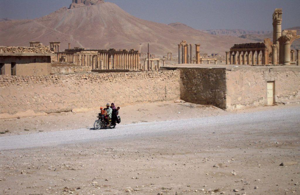 Moto en famille (Palmyre) - Syrie 2010