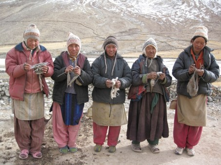 Artisan knitting group