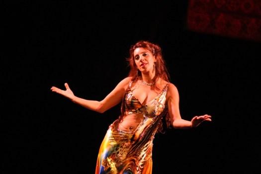 """""""Les danseurs ne sont pas grands à cause de leur technique, ils sont grands à cause de leur passion."""""""