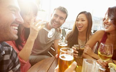 8 Tips for Meeting People When You Go Out in LA