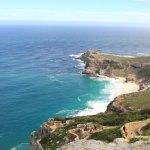 一邊看壯觀的角點兩個海洋餐廳葡萄酒午餐
