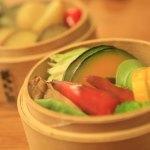 """對""""李李""""中國是富有創意的美食,要在顏色以及不尋常的蔬菜建立"""