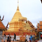 Most sacred Temple in northern Thailand mountain standing wattplatartdis tape gold stupa