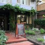 台北「Zucchini」木制家具的karimoku统一温暖满怀的意大利菜馆