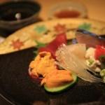 jcccnc 的寧靜與現代和享受季節性日本餐館