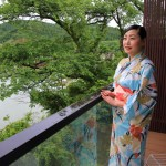 """Garaku"" four seasons to enjoy art in yukata early morning stroll"