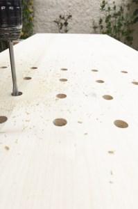 découpe-percage peg board